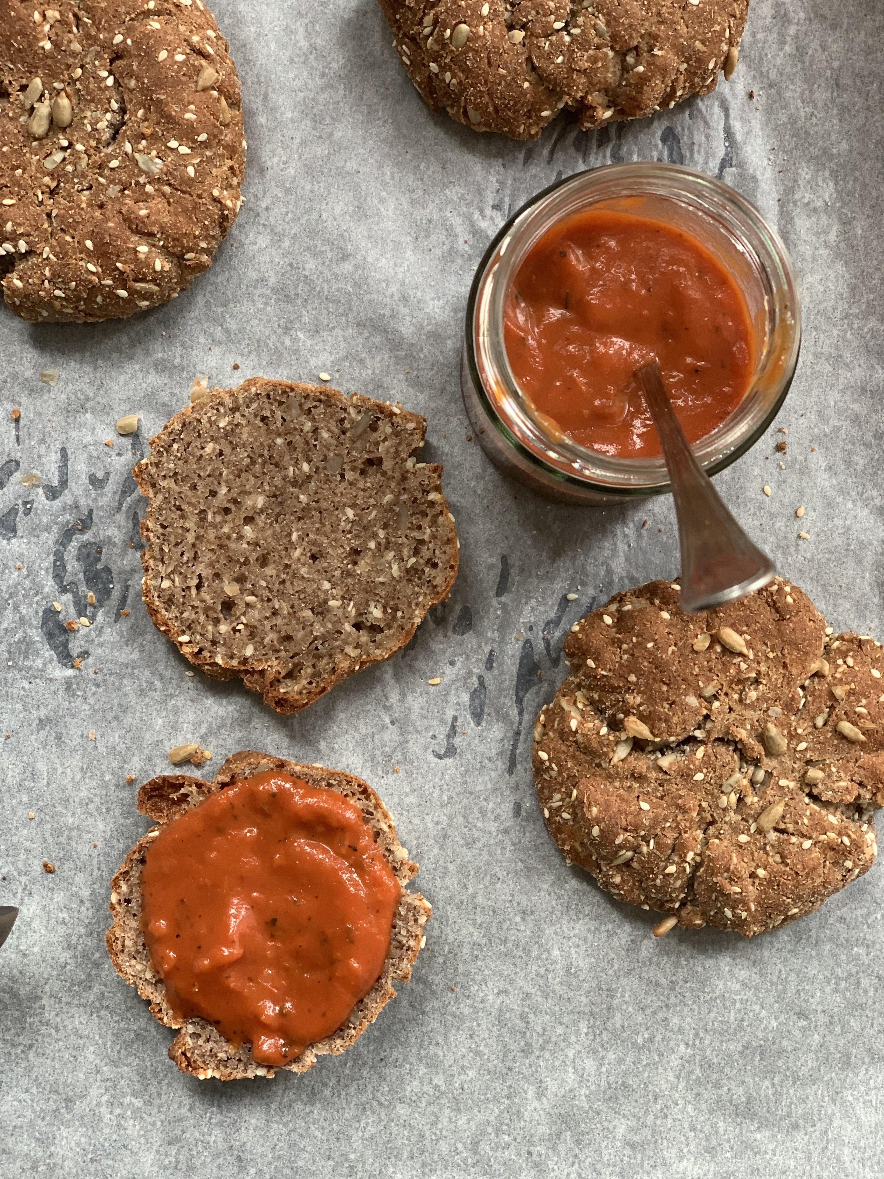 Keto bread with keto tomato sauce