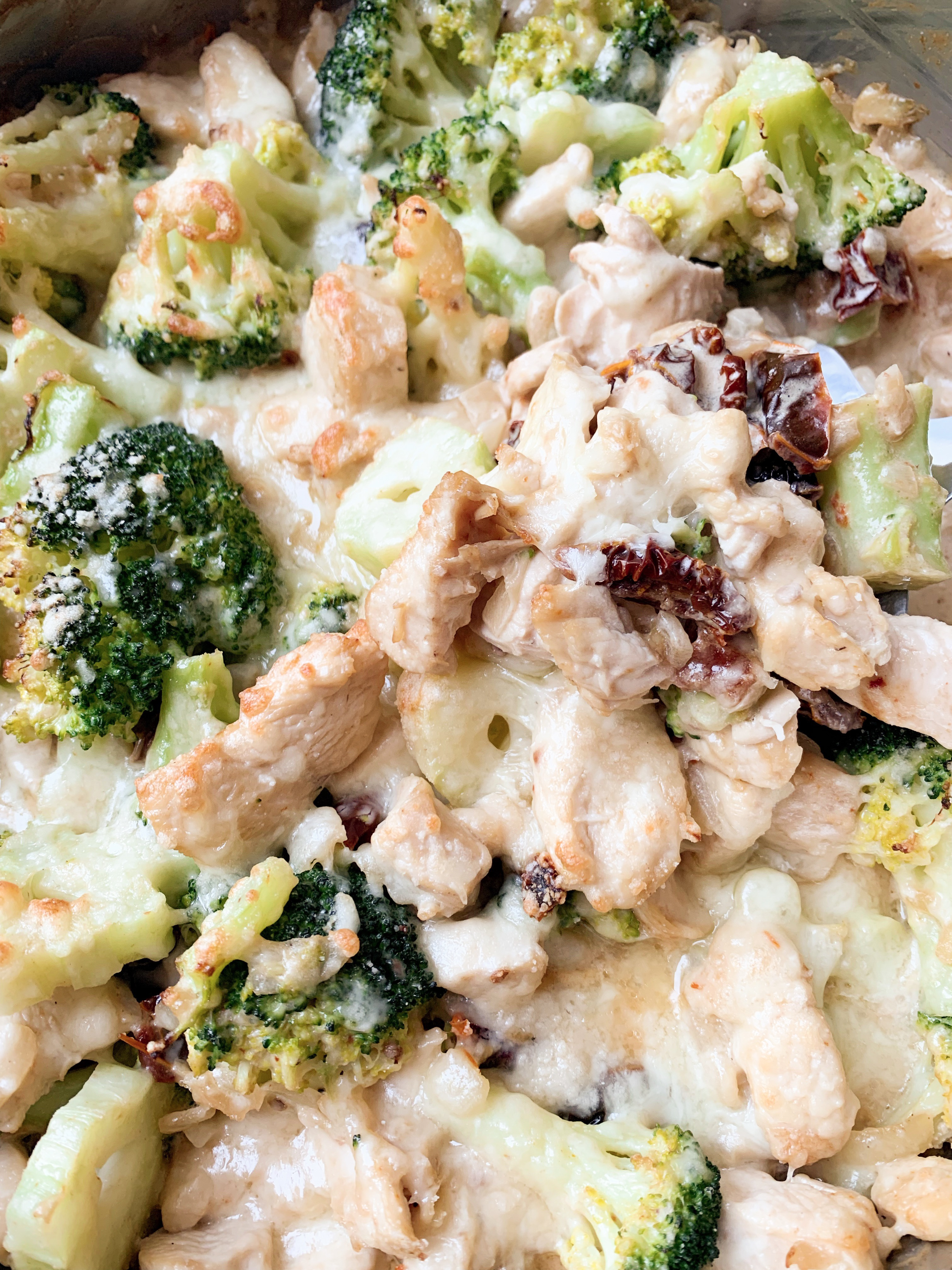 Picture of low carb chicken and broccoli casserole in cheesy sauce