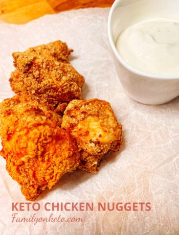 Picture of keto chicken nuggets with sour cream dipping sauce