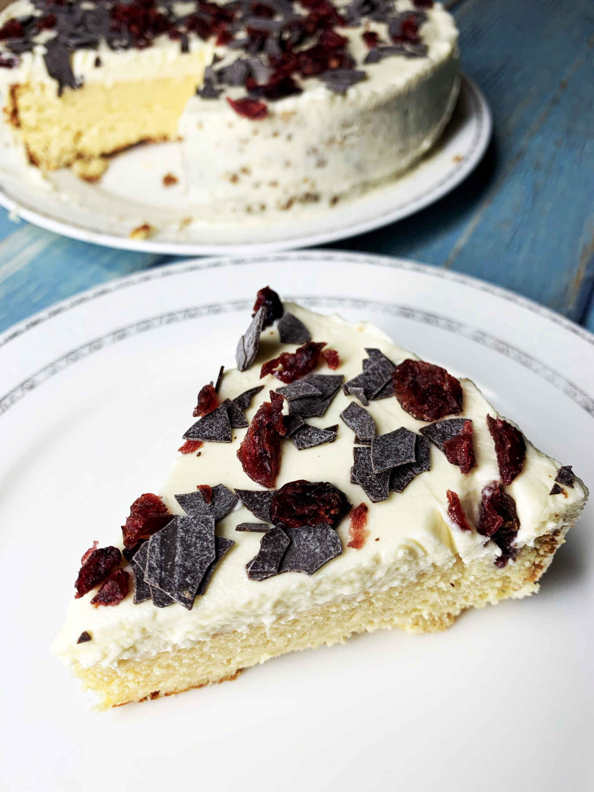 Picture of low carb cake with yogurt and cream cheese