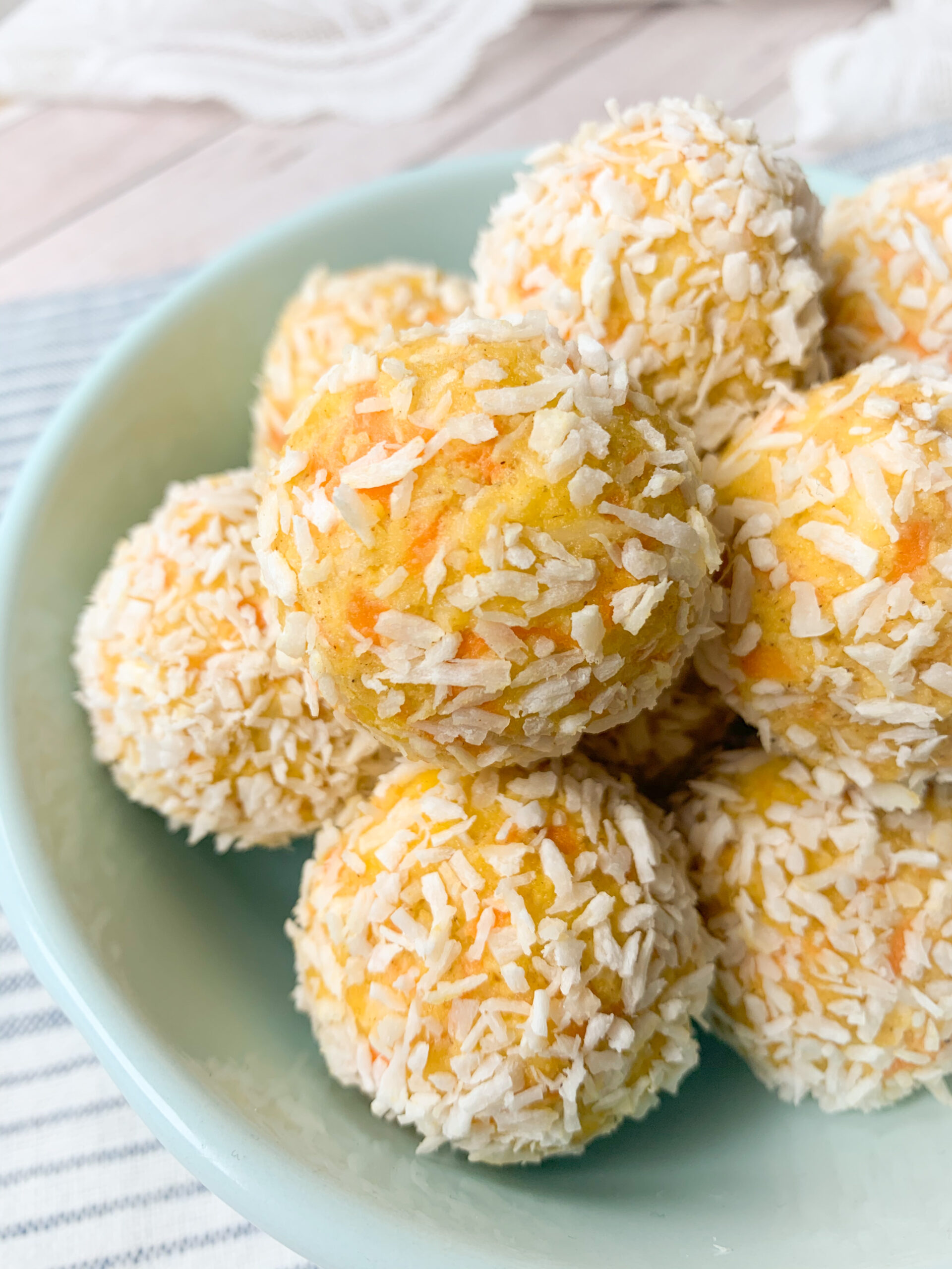 Picture of raw carrot cake energy balls