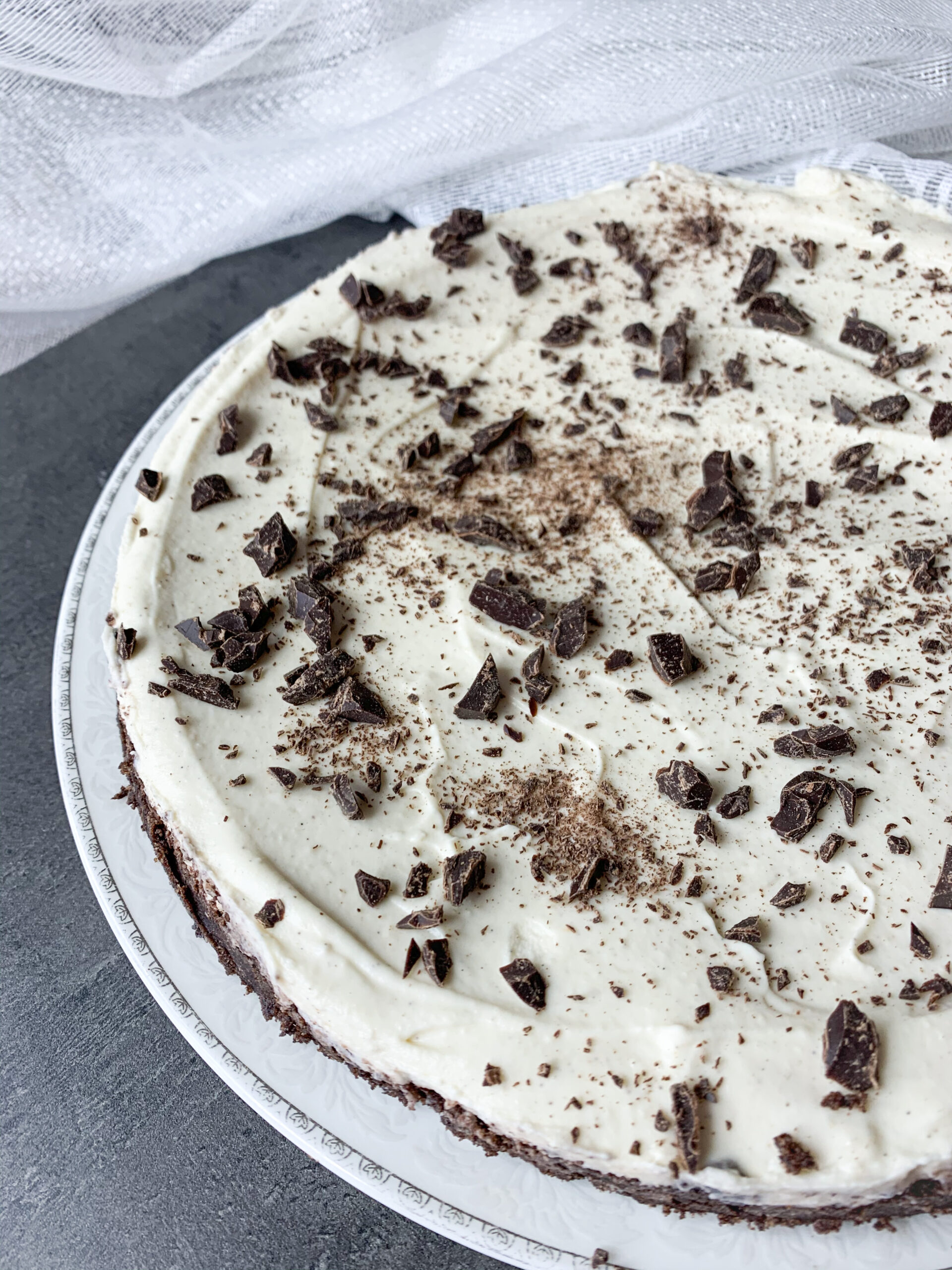 Keto tahini cake with low carb chocolate pie crust