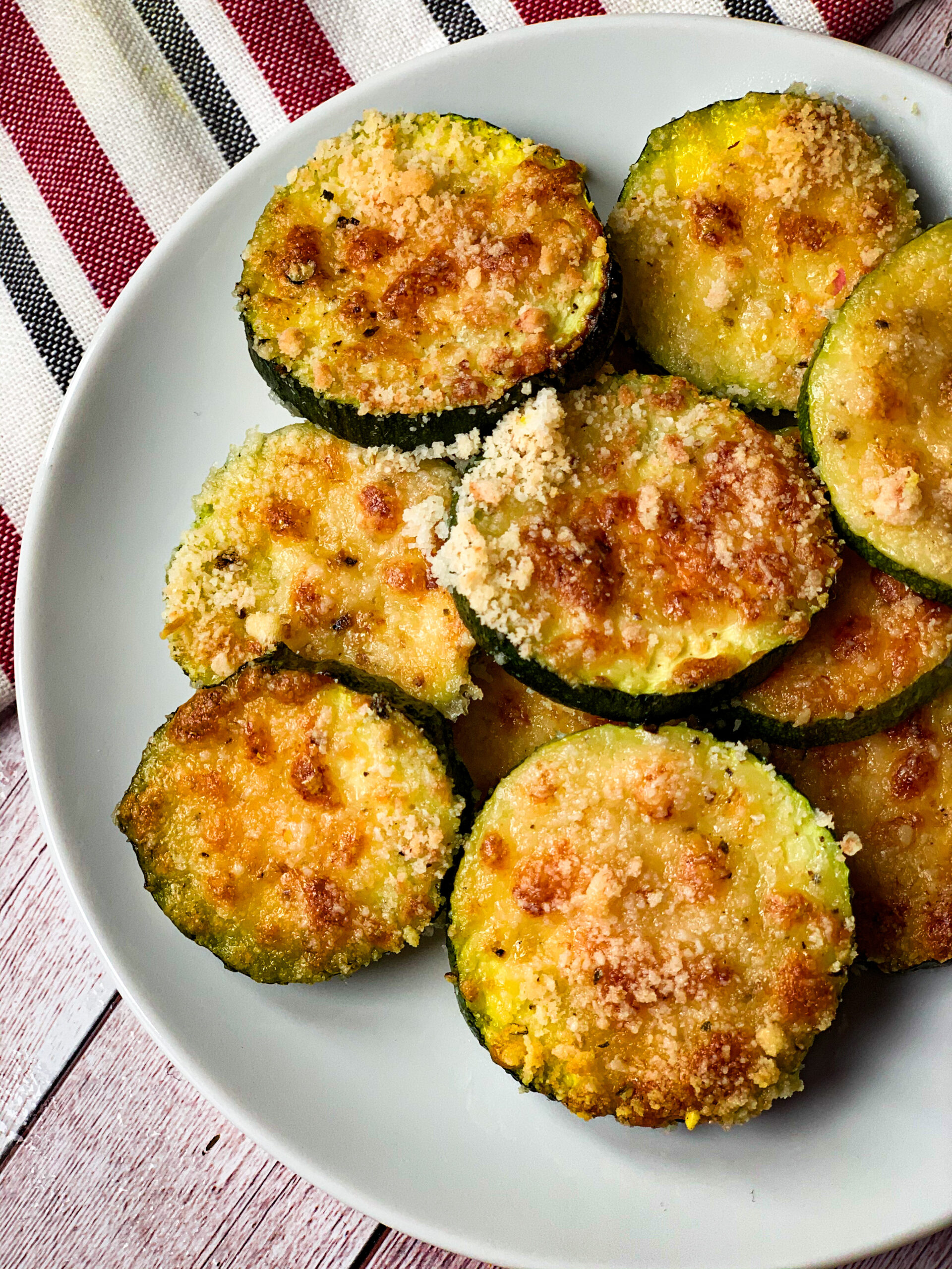 Picture of low carb baked zucchini with cheese crunchy topping
