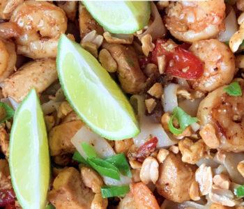 Picture of keto Pad Thai with delicious keto Pad Thai peanut sauce
