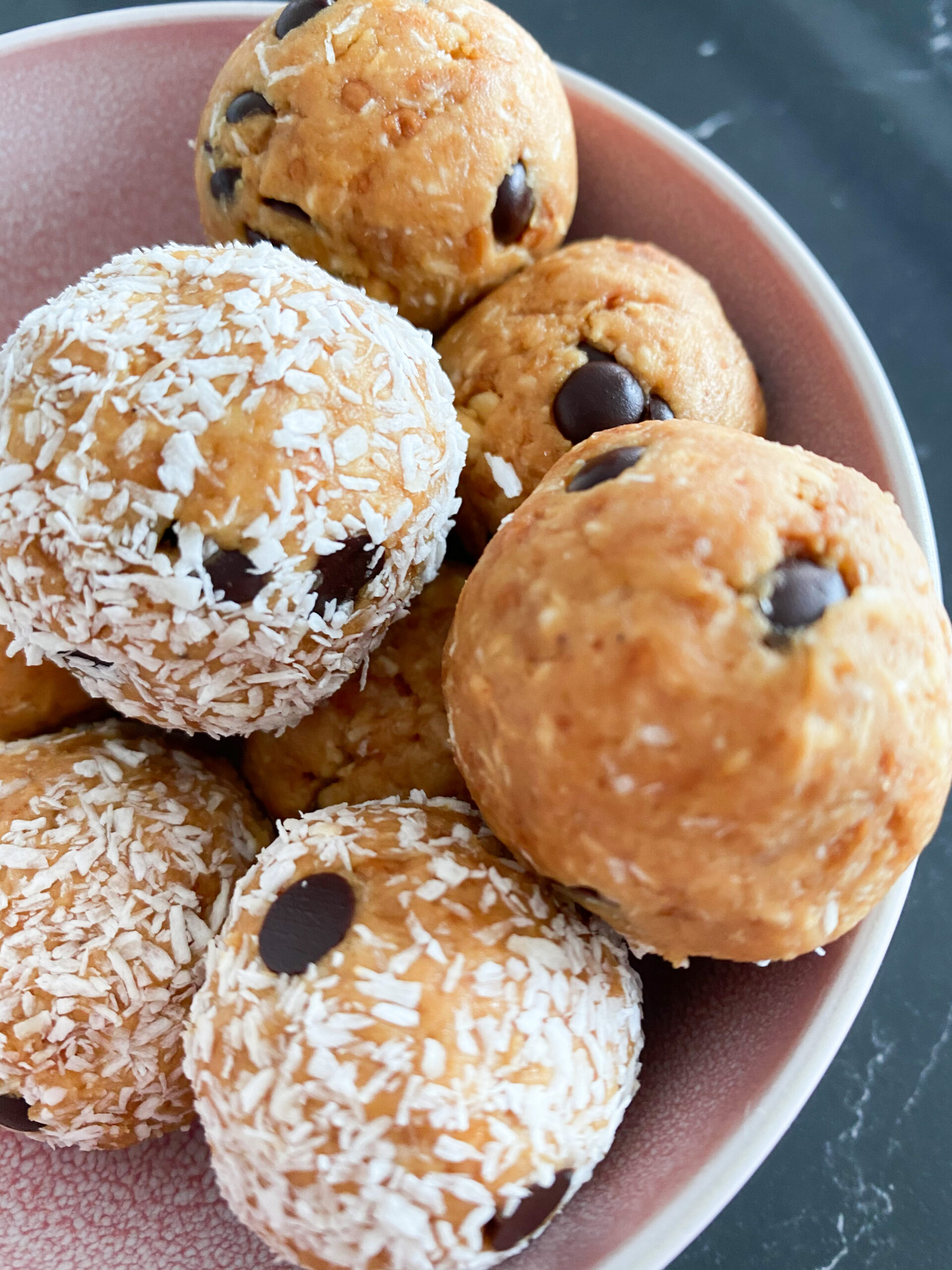 Picture of a bowl full of keto protein peanut butter balls no bake
