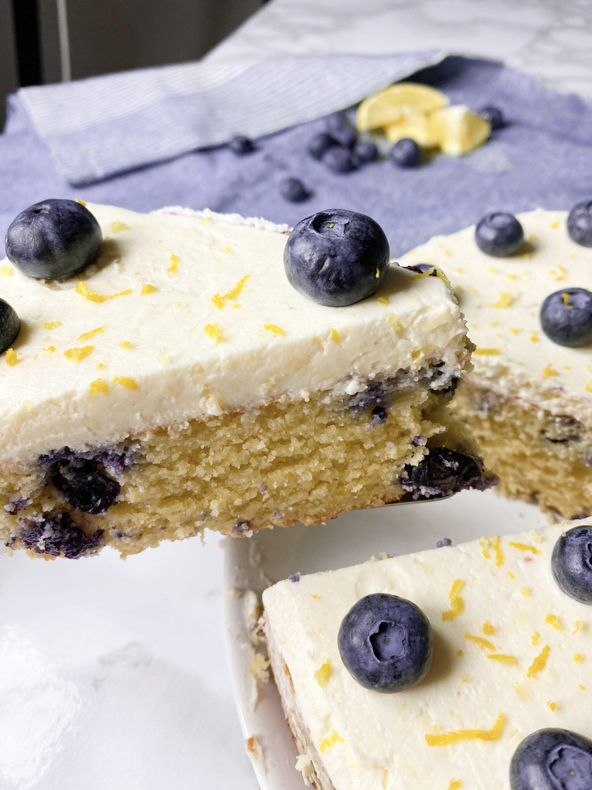 Keto lemon cake with blueberries