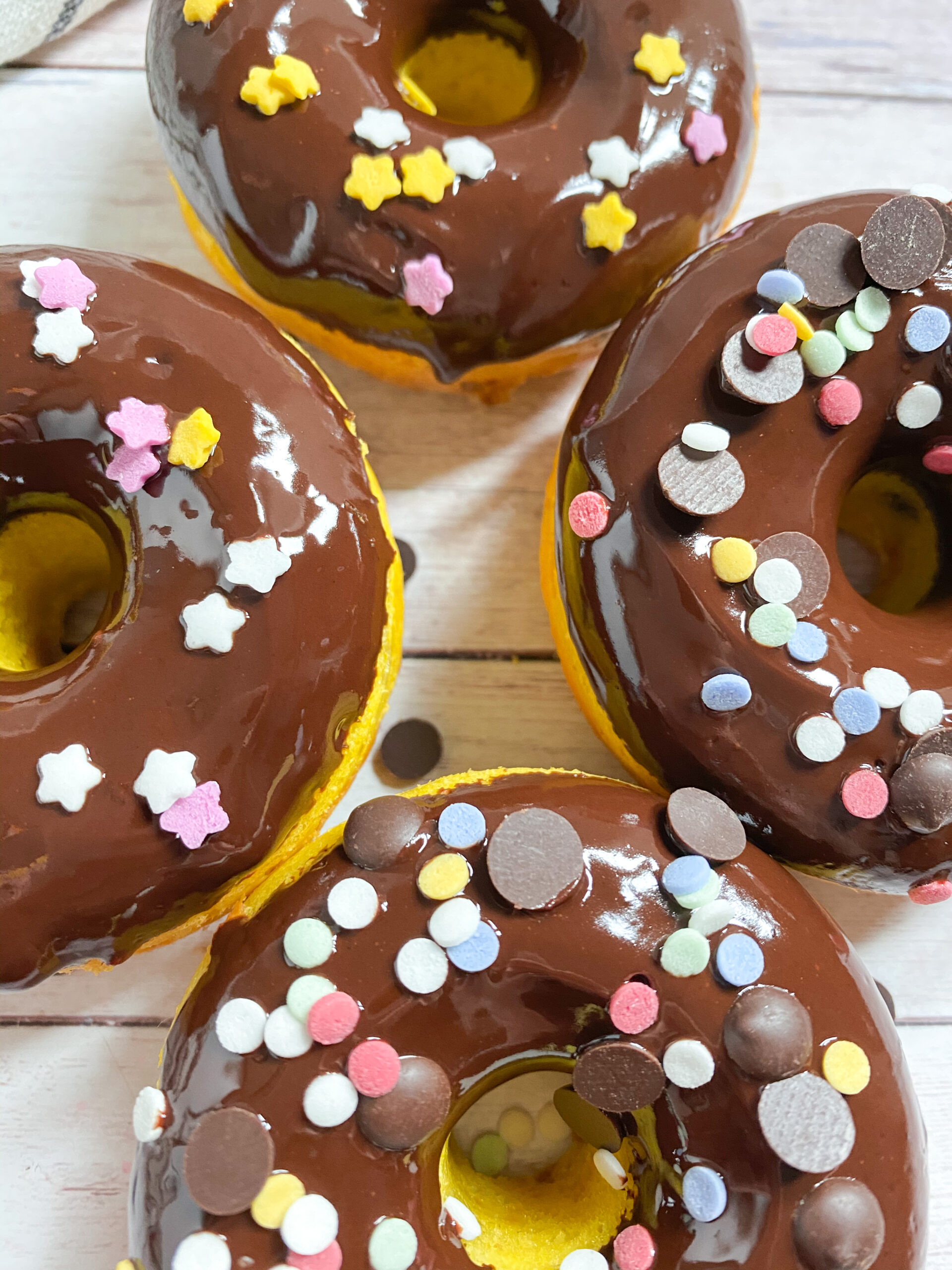 Picture of glazed low carb donuts with chocolate chips