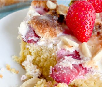 Picture of keto strawberry cream cheese coffee cake