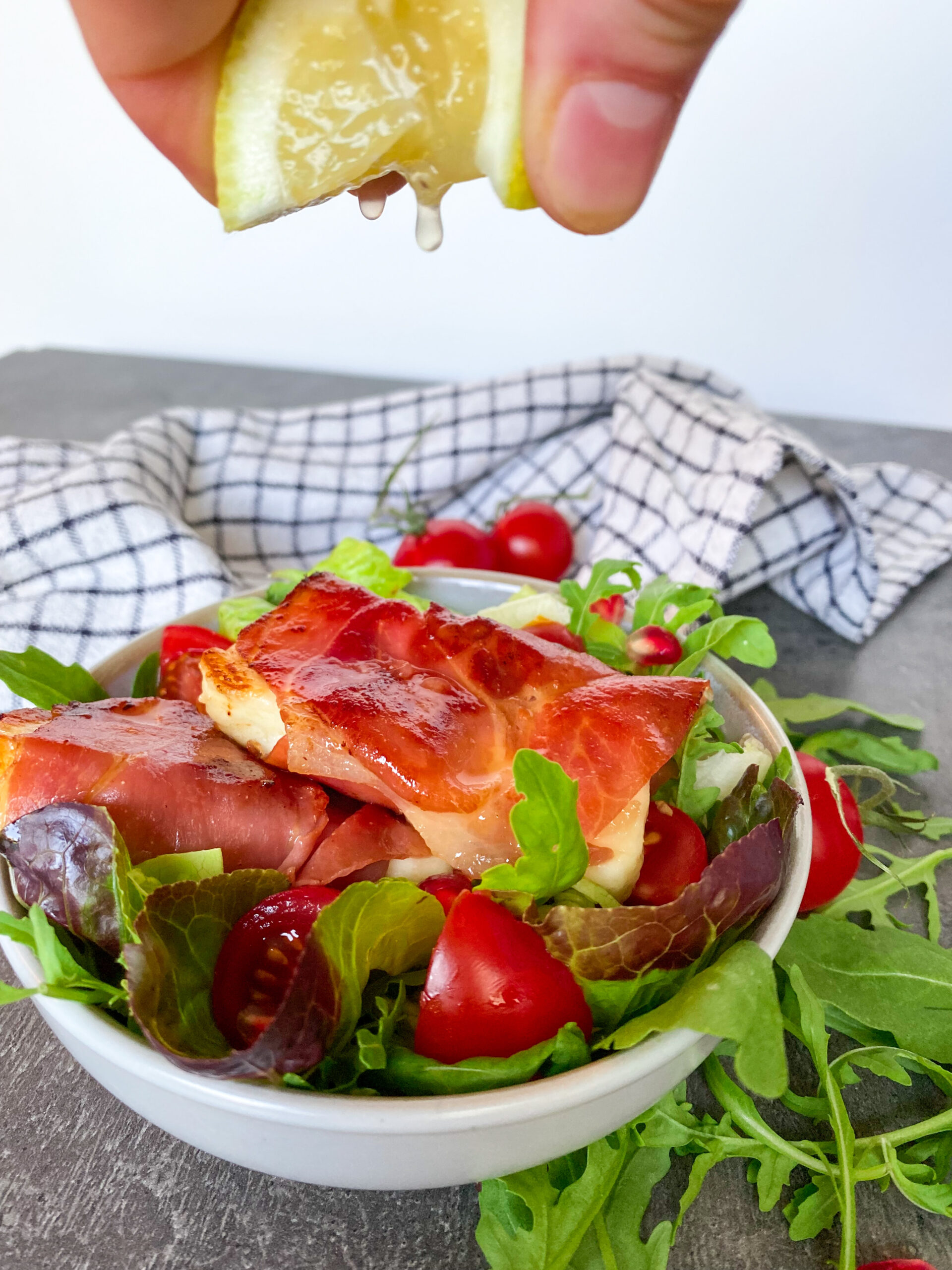 Picture of low carb halloumi and prosciutto salad